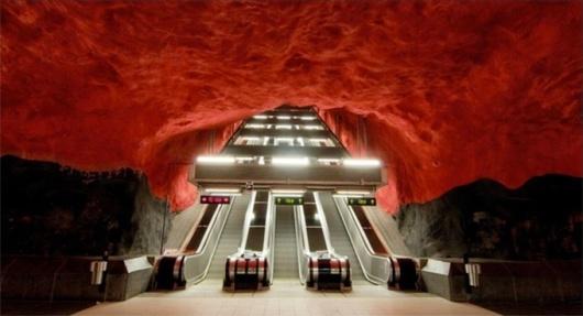 toledo-metro-naples-2