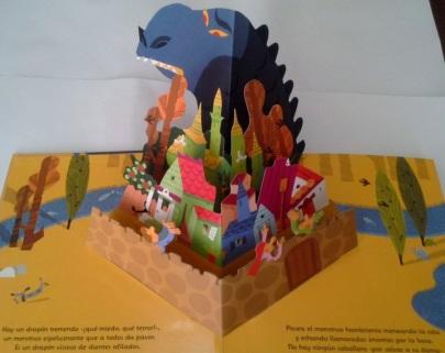 Libro pop-up La leyenda de San Jorge y el dragón 02